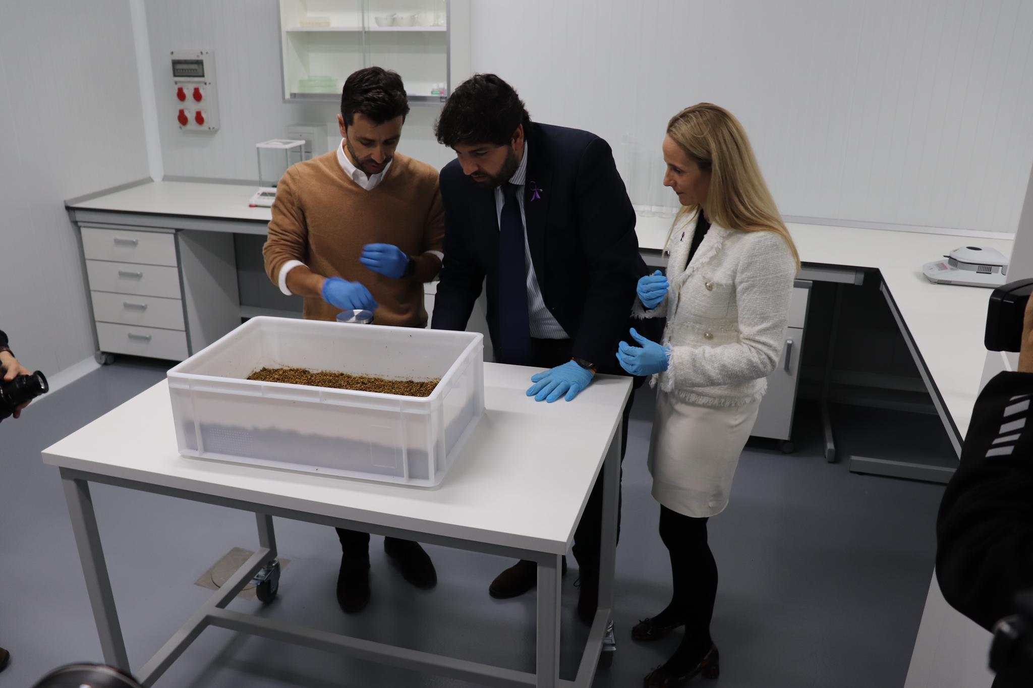 Murcia cuenta con un Centro de Investigación pionero en el uso de insectos como bioconversores de residuos
